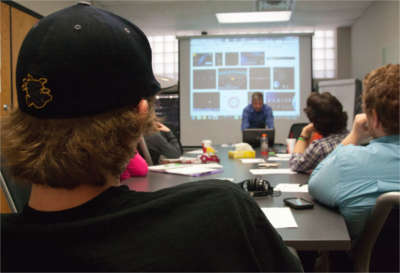 Honors students in class at WSU